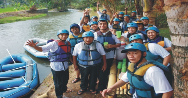 Rafting dan outbound training pupuk kaltim