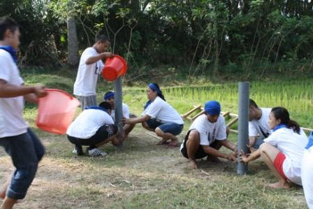 Outbound Training di Malang : Ada Apa dengan Games Pipa Bocor?