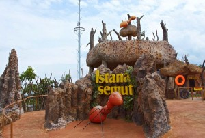 istana semut secret zoo